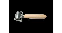Вспомогательный инструмент для монтажа кровли, сайдинга, забора в Минске Валик прикаточный